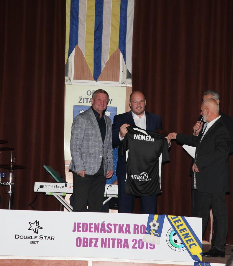 Photo of Najlepšieho rozhodcu Miloša Németha si zvolili kluby. V Žitavanoch má už dobré vzťahy
